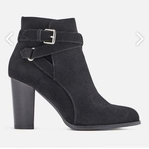 JustFab Shoes - JustFab Dream Chaser Black Booties